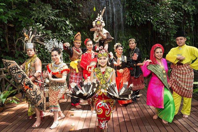 Sarawak Cultural Village + Semenggoh Wildlife Ctre