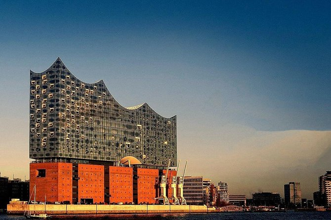 Hamburg Guided Bike Tour: Tradition and Modernity, Elbphilharmonie