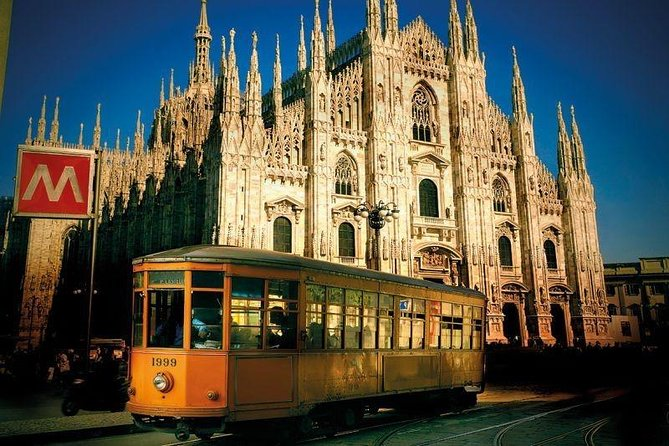 Discover the Best of Milan by Tram! photo 6