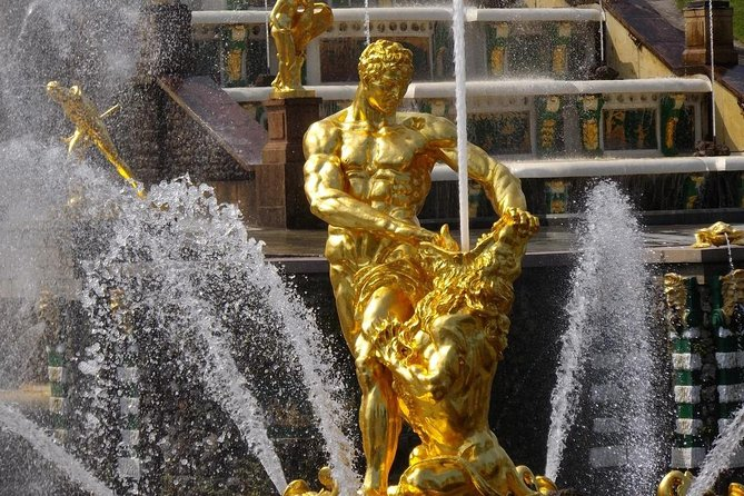 Private tour to Park and Grand Palace of the Peterhof