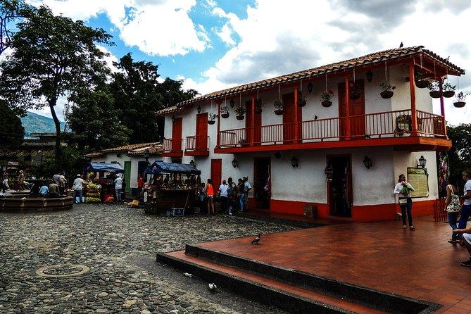 PRIVATE TOUR Medellin 360