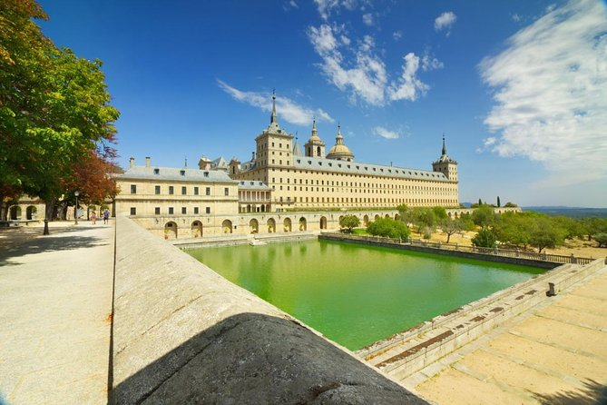 El Escorial, Valley of the Fallen & Segovia day tour from Madrid
