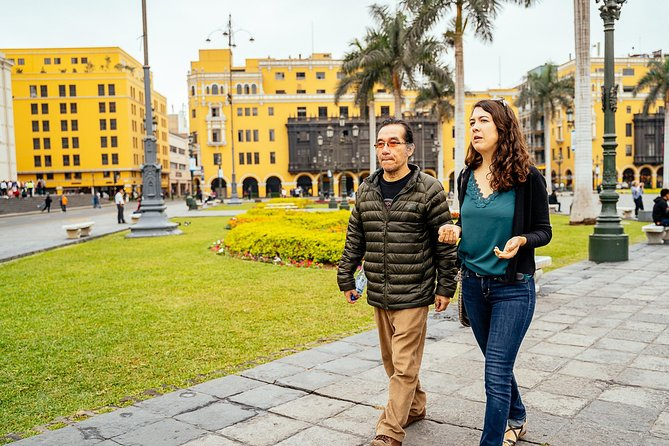 Private 90 Minutes Kickstart Tour of Lima with a Local