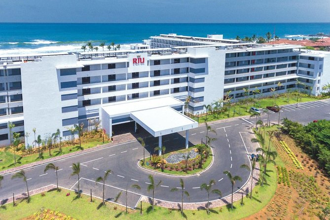 Sri lanka Airport (CMB) To RIU Hotel Transport