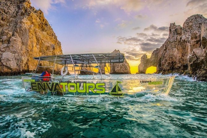 Tours in Cabo, Paseo al Arco and Fin de la Tierra in the only Clear Boat