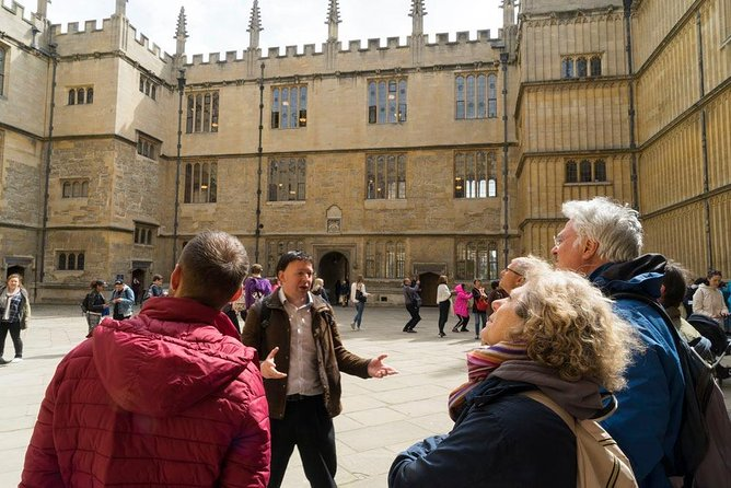 Private Oxford City & University Walking tour with Entry to Divinity School