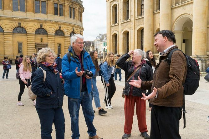PUBLIC Oxford City and University Walking Tour