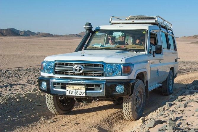7 Hours Safari Sahara Park Quad and Jeep - Hurghada