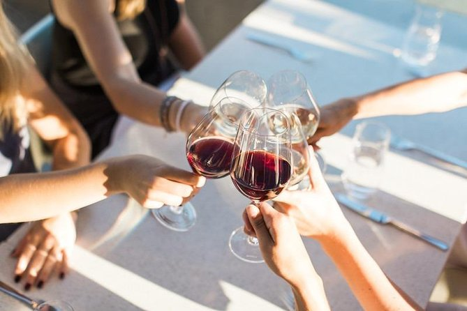PRIVATE Winter Wine Tour - East Kelowna - 6Hrs