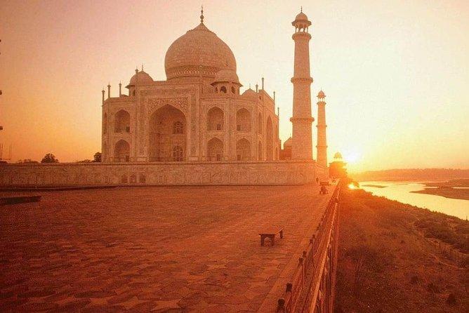 Private Taj Mahal Sunrise and Agra Fort Tour From Delhi