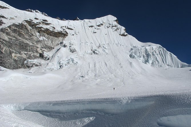 Island Peak Climbing - 20 Days