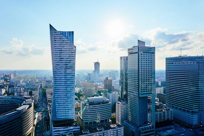 Private Airport Transfer: Warsaw Chopin Airport (WAW) to Warsaw