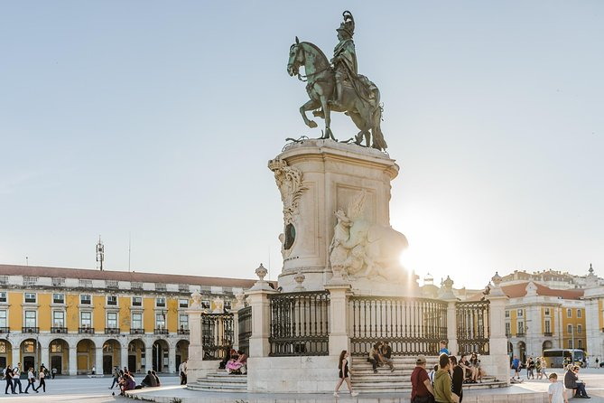 Book A Local Host In Lisbon: Private & Personalised