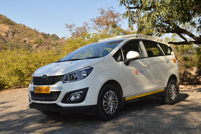 Private A/c Transfer Abu Road To Mount Abu (6 Seat A/c Suv)