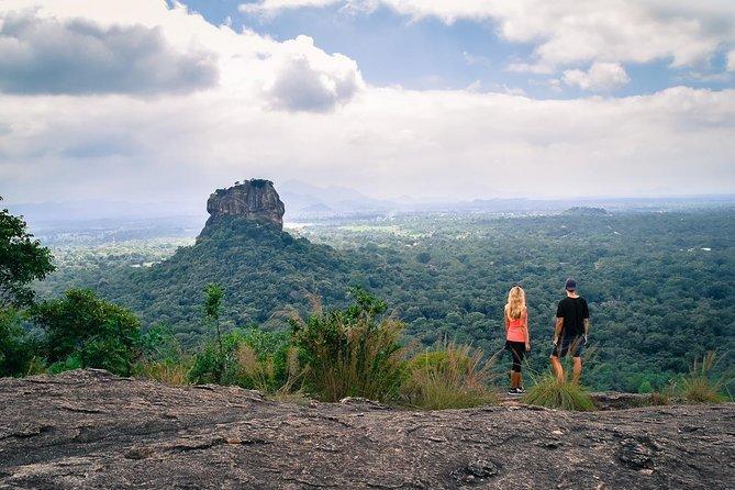 Private Day Tour to Pridurangala Rock From Anuradhapura