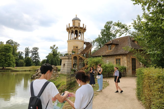 Palace of Versailles Skip the Line Audio Guided Tour & Access to Queen's Hamlet