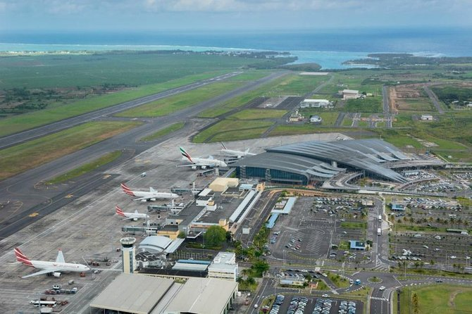 AIRPORT & HOTEL transfer. photo 1