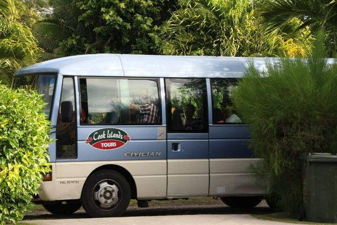 Seat in Coach Transfer from Rarotonga Hotel to Airport