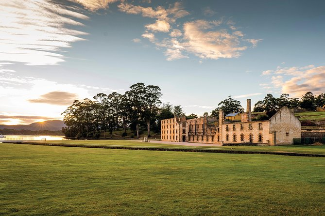 Cruise Ship Special from Hobart: Port Arthur Shuttle with free WiFi