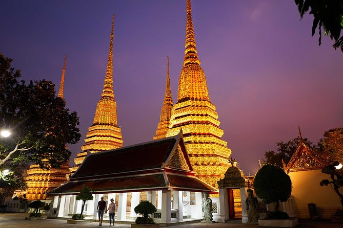 Bangkok Night Tour: Wat Arun, Wat Pho & Grand Palace – Small Group
