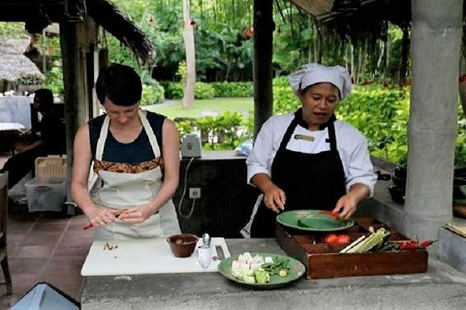 Lombok Cooking Class with Fresh Market Visit at Tugu Hotel