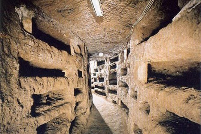 Rome Exclusive Underground Catcombs Guided Tour & Hop-on Hop Off Open Bus Tour