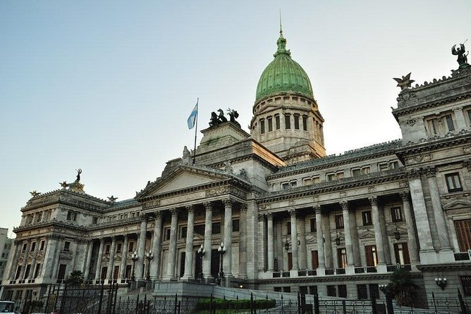Customized City Tour up to 4 people in Buenos Aires with car.
