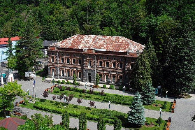 Day trip from Tbilisi to Gori,Stalini museum,Uplistsikhe and Borjomi park