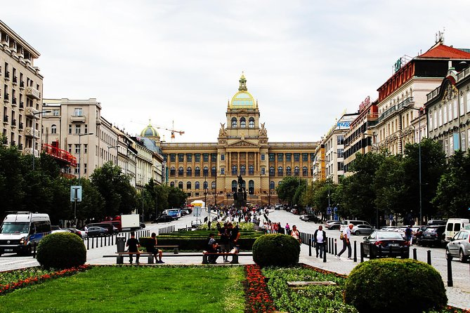Prague: Small Group Street Food Tour with a Local Guide