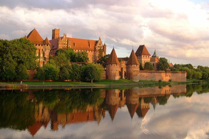 UNESCO Malbork - Full Day Tour from Warsaw by private car