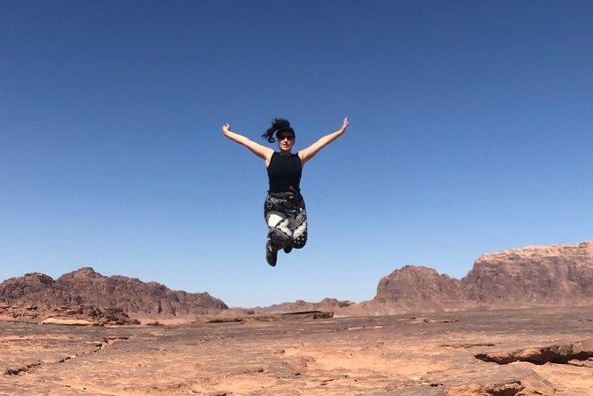 4 Hour Jeep Tour - Wadi Rum Desert Highlights