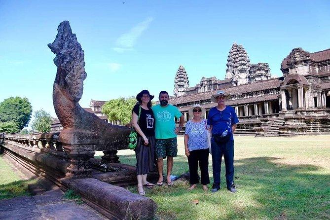 2 Day- Angkor Wat Tour and Kampong Pluk Floating Village