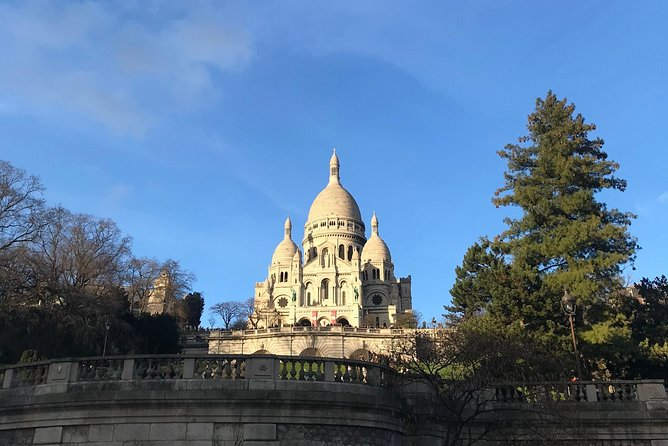 Montmartre hidden food & culture tour