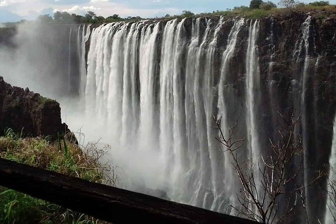 Guided Tour of The Victoria Falls on Zimbabwe Side photo 4