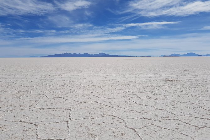 Uyuni Salt Flats - 3 Days/2 Nights + Transfer San Pedro de Atacama - English