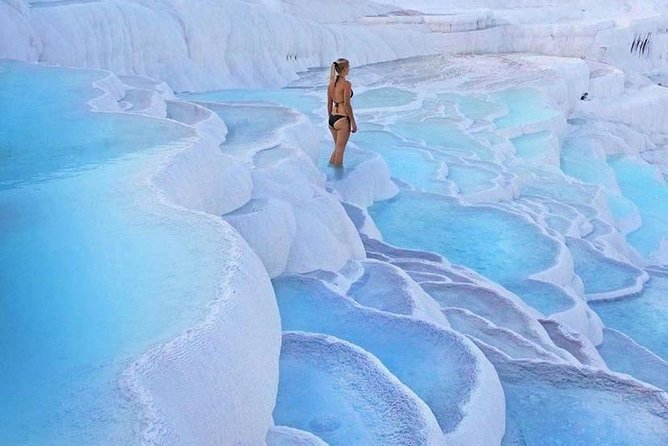 Daily Private Pamukkale Tour from Istanbul with Flights