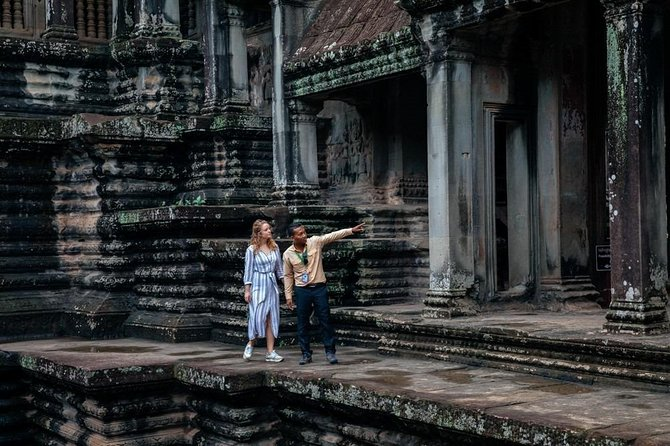 Private Day Trip to Angkor Wat with a Local photo 3