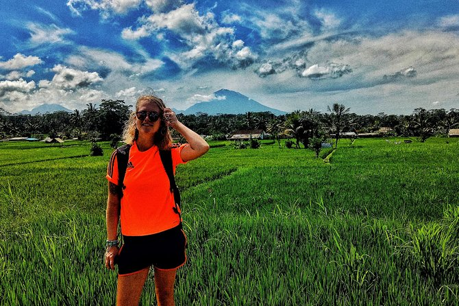 Rice Paddies Walk And visit hidden village in ubud photo 3