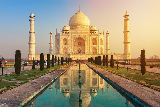 Private Same Day Sighseeing of Taj Mahal & Agra Fort from New Delhi