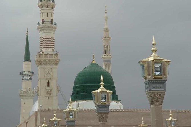 Masjid-e-Nabawi Beautiful and attracting View