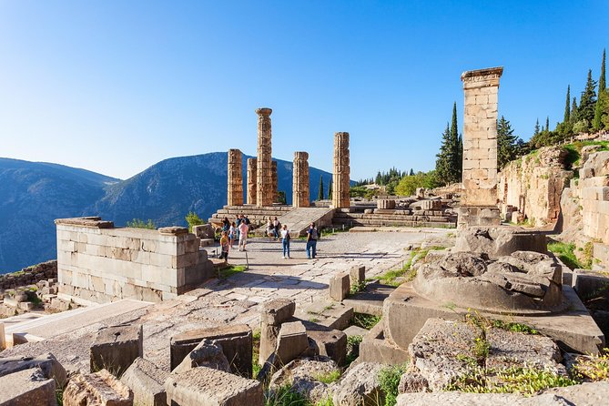 Delphi Private Day Tour from Athens with Visit to Arachova