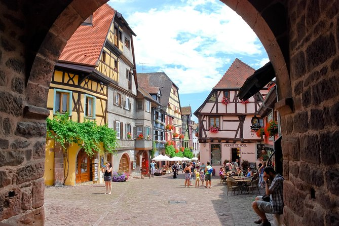Alsace Wine Route & Local Villages Guided Tour with Colmar from Strasbourg