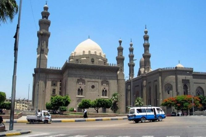 Cairo layover tour to Egyptian museum and citadel photo 2