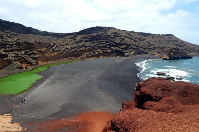 1-day Trip to Lanzarote from Fuerteventura (German guidance only)