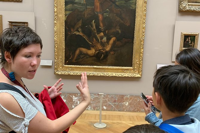 Private family tour in the Louvre, art is fun ! photo 11