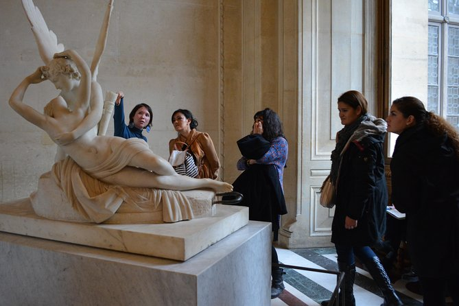 Private tour of the Louvre at the opening, beat the crowd. photo 3