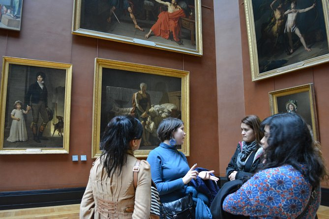 Private family tour in the Louvre, art is fun ! photo 6