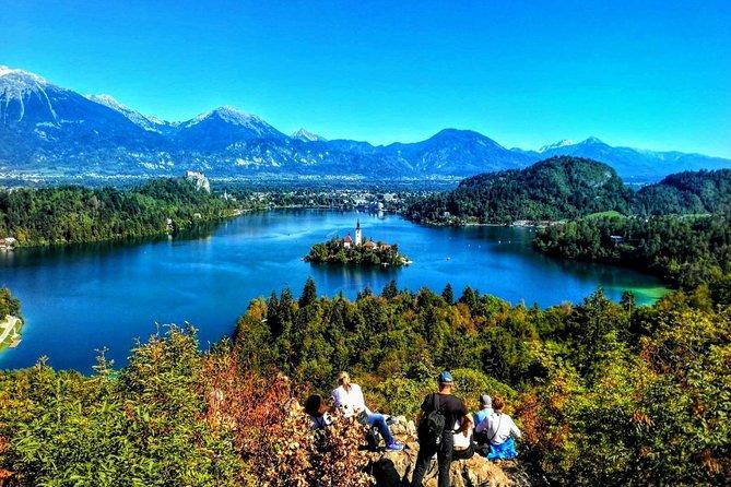 Slovenian highlights - Lake Bled, Postojna Cave & Predjama Castle from Ljubljana