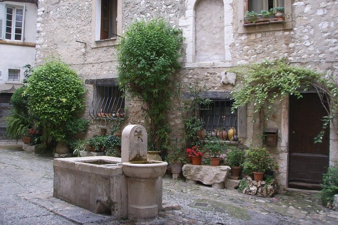 Private shore excursion from Cannes : Half day Saint-Paul de Vence, Antibes (6 hours) photo 8