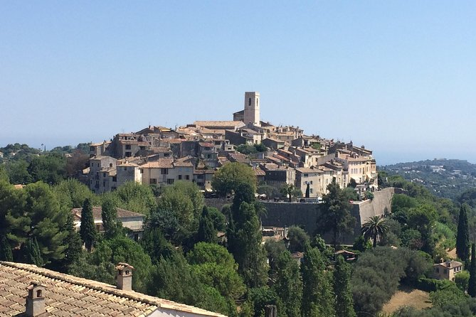 Private shore excursion from Cannes : Half day Saint-Paul de Vence, Antibes (6 hours) photo 1